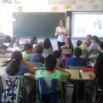Lezing over huiselijk geweld en geweld in de klas op de lagere school PRIMAFAD in Almoguera