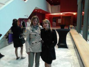Las abogadas Adriana de Ruiter y Silvia Recuenco en  Palacio de la Paz, el segundo día de seminarios.